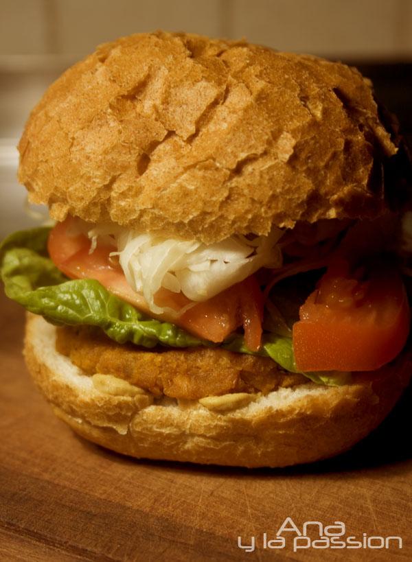 edesburgonya_csicseriborso-burger