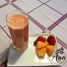strawberry-melon smoothie